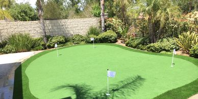putting green-artificial turf-synthetic turf-fake grass-front lawn-backyard-lawn-grass-landscape