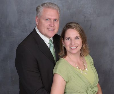 Dr. Clark Anderson & wife, Heather Ballard Anderson serving as Assistant Tour Administrator