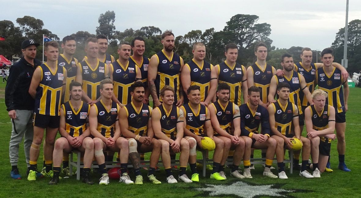 Rupertswood Senior Team Photo - RDFNL Grand Final 2019