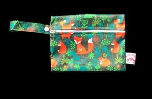leak proof bag, wet bag, small wet bag, little strawberries, cloth nappies, Sunshine Coast