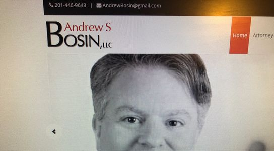 Lawyer drafting Non-Disclosure Agreements (NDA) Andrew S Bosin helps SaaS, software & app startups.