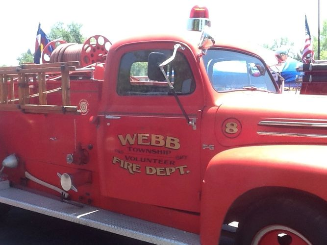 1949 Ford/Pirsch, 500 gallon per minute pump, 150 gallon water tank.  Truck owned by Pete Webb.