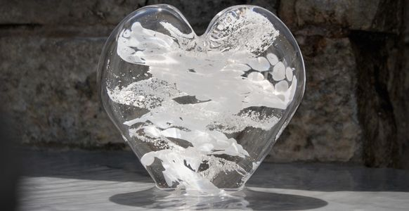 Heavenly Glass, OKC, Oklahoma, cremation, ashes, glass, urns, dog, cat, funeral flowers, memorial