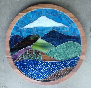 Lazy Susan with Mountain View