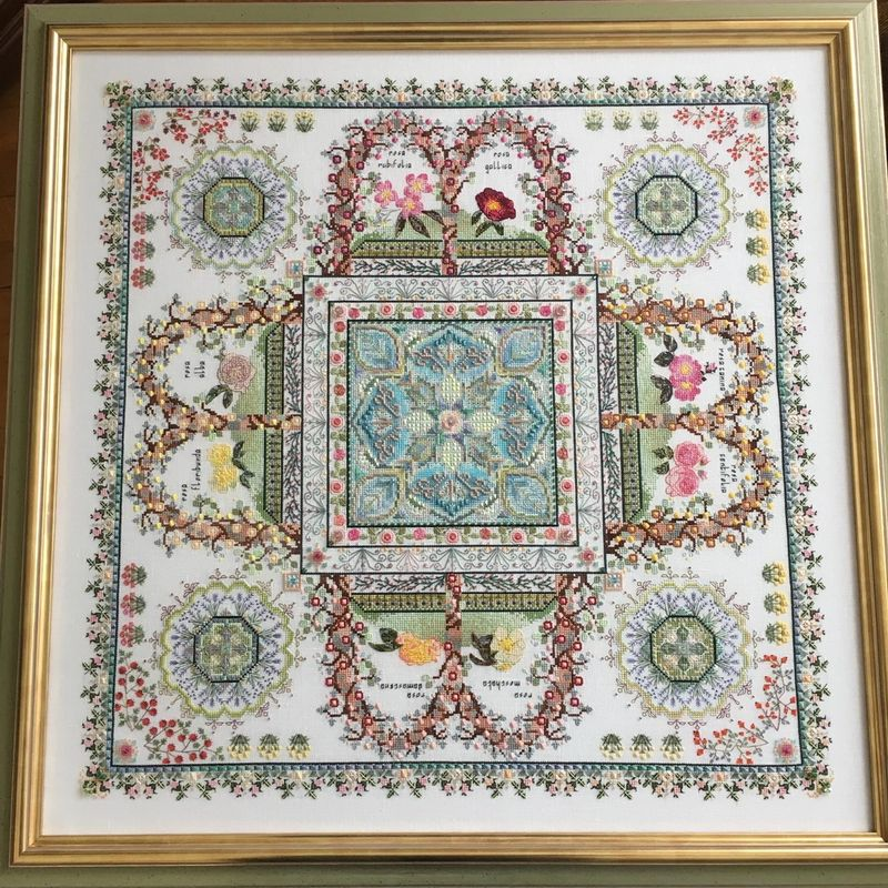 Image by Helen Orlova, stitched by her mother Galyna Orlova. See more in her online album below.