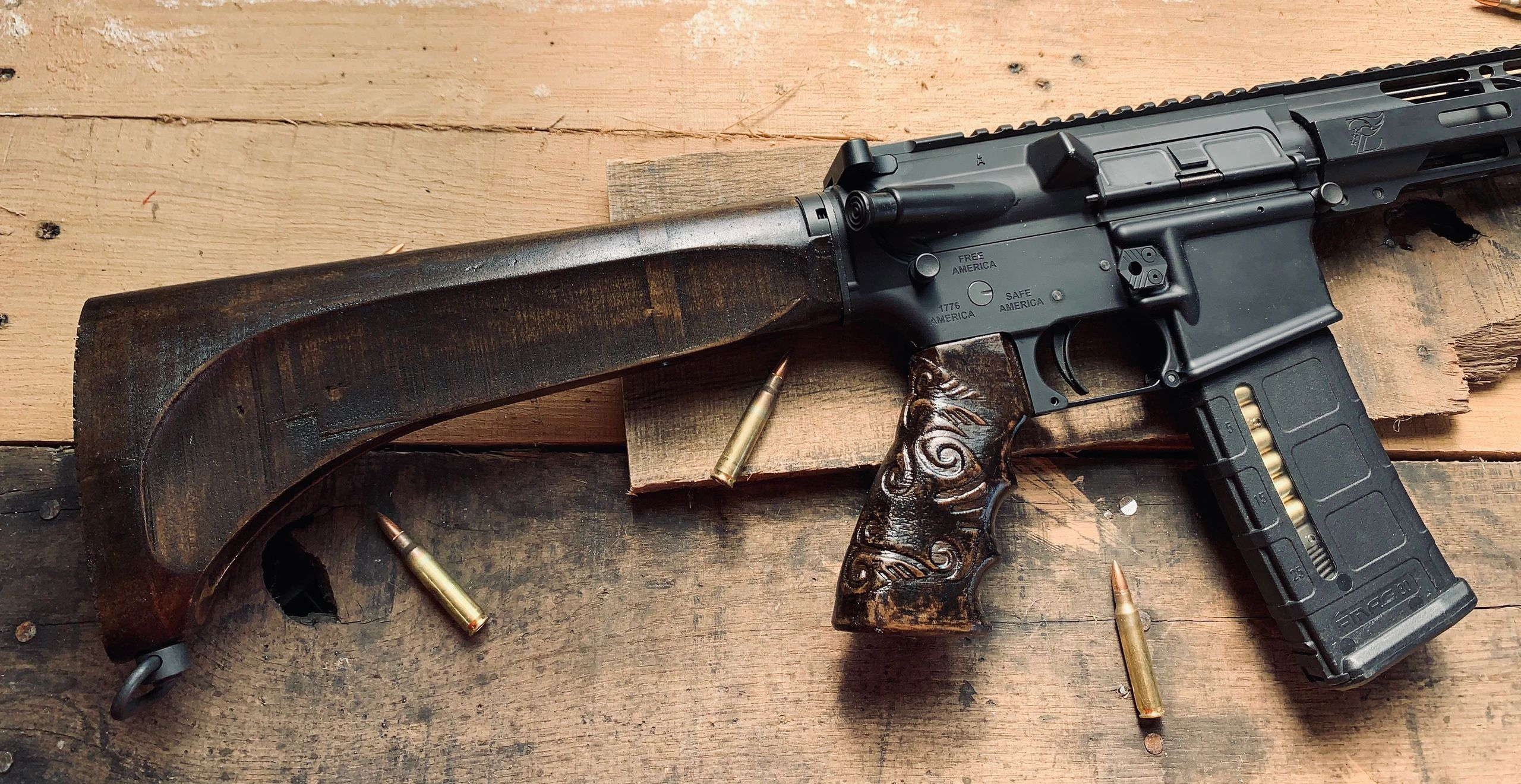 Pioneer AR-15 Buttstock and Blackwood Grip