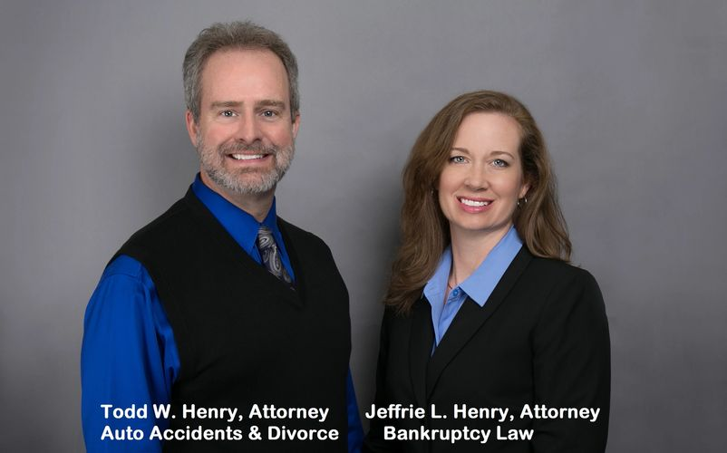 Bankruptcy auto accident and divorce lawyer Todd Henry and bankruptcy attorney Jeffrie Henry picture