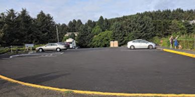 Parking lot at Otter Crest Scenic Viewpoint, photo by Debi
