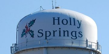 Holly Springs Water Tower