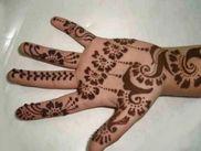 Henna Designing | Home Salon and Spa - SAbeauti Professional Ladies