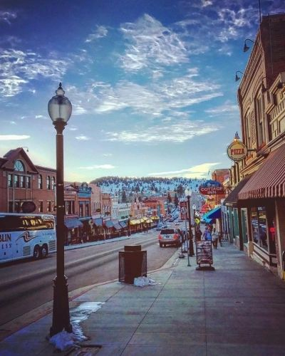 Click here for Cripple Creek tourism information