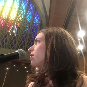 Katherine Brewer playing at University of Rochester Chapel