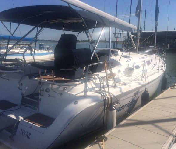 Hunter 38 Sailboat for Sale