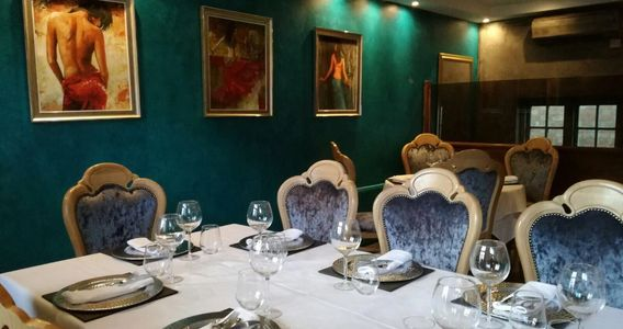 Private Dining Area available for hire for Birthday, Anniversary, large groups get-together packages
