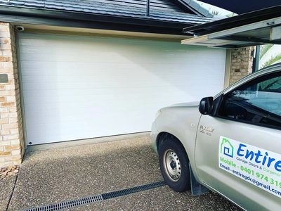 Garage Door Repairs Brisbane Brisbane South Logan Ipswich Entire Garage Doors And Carpentry