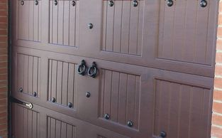 Decorate you door with Beautiful Knockers - Clavos - iron Hinges and Handles.