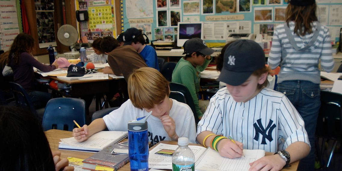 4th graders in Scardsdale, NY use Powerhitter® Baseball Card  Math DataMaster during World Series.