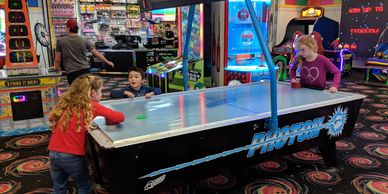 Prize Arcade, Air Hockey