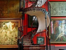 A beautiful design for a spiral staircase