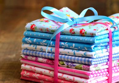 Quilters fat quarters and fabric