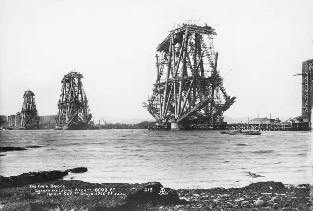 The Forth Bridge under construction. 1888