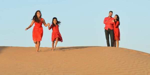 event photographer Dubai creative affordable Dubai photographer family photographer corporate