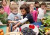 Can children learn to listen to what health foods they need?
