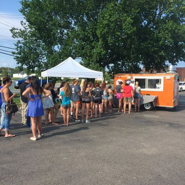 Food truck serving acai smoothie bowls in Norwood Massachusetts
