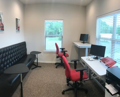 Hourly/Daily Team Office for 3-5 with Whiteboards, HD monitor, High-speed Internet.