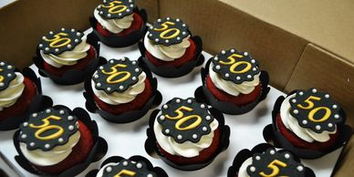 Design Me A Cupcake, Cambridge, Ontario, Custom Cupcakes - Anniversary/Graduation, Kitchener, Guelph