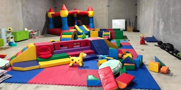 Stella soft play party package