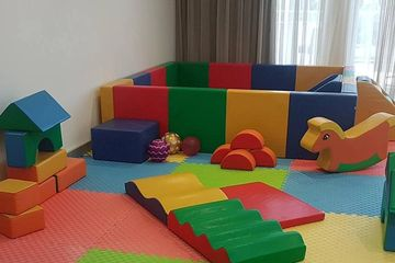 Petite soft play package