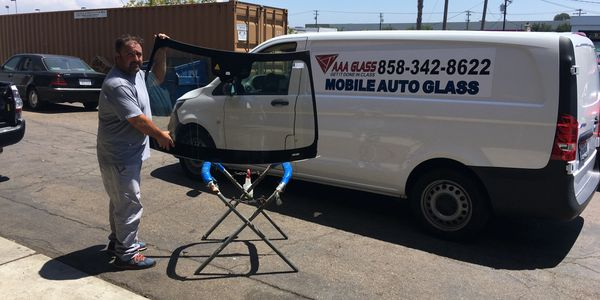 Windshield Repair San Diego