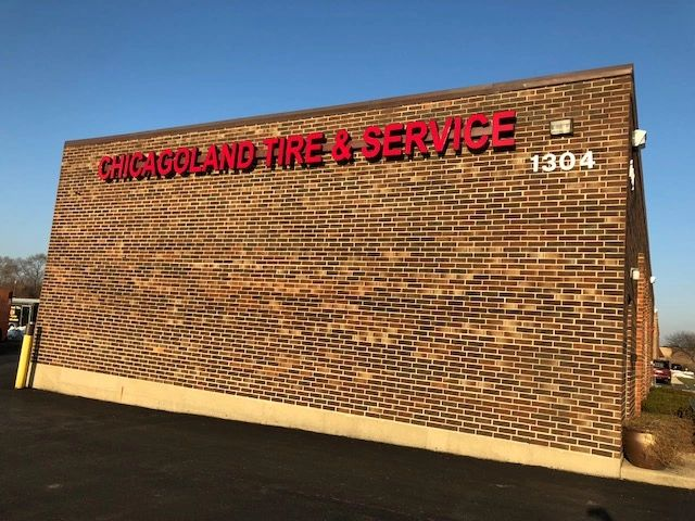Chicagoland Tire Building Sign.