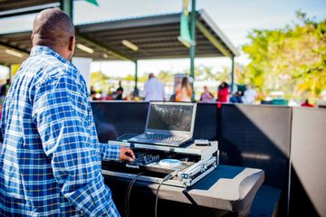 Lightfoot Premier Entertainment DJ's and Event Planning Corporate Picnic Holiday Party