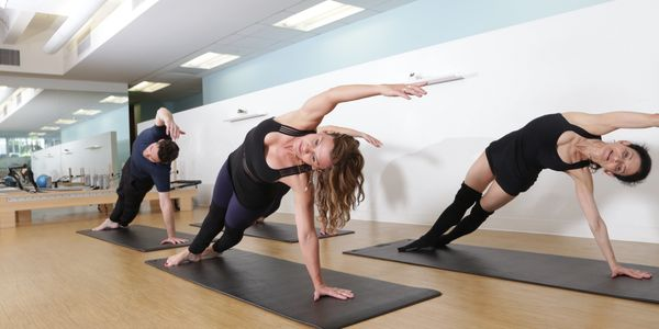 Pilates Mat group classes in Beverly Hills