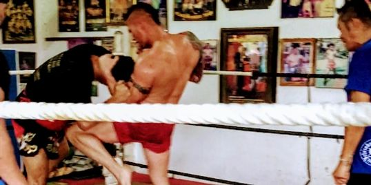 Muay Thai,combat tactics,self defense,boxing,how to fight,martial arts and tactical training yard