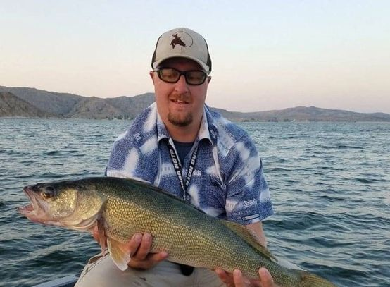 all eyes on fishing fishing guide index.  Recycled Eyez Walleye guides, casper wyoming