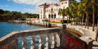 Villa Vizcaya in Miami. Bus and coach rental for passengers. College and Universities trips. Deluxe.