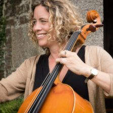 Sarah Mundy, Cello