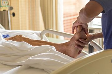hospital massage, integrative pain management