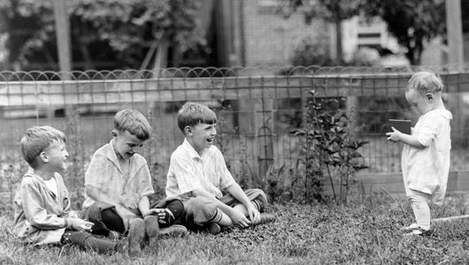 children & box camera 1923 by photographer Bruce Murray Sr. copyright Shawn M Murray brucemurray.com
