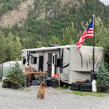 Camping in Chitina at AK eXpeditions Campground. RV park Wrangell-St. Elias National Park River Tour