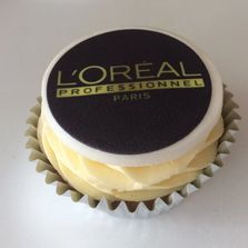 L'oreal Logo on a Cupcake by Poppy's Cupcakes in London.