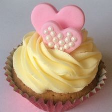 Valentine's Day Cupcake by Poppy's Cupcakes in London.
