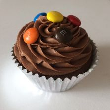 Chocolate Cupcake with m&ms by Poppy's Cupcakes in London.