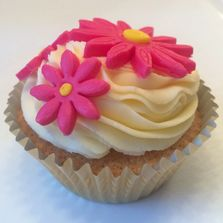 Love Cupcake by Poppy's Cupcakes in London.