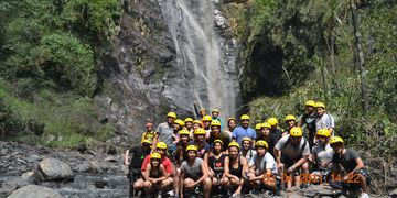 Deportes extremos en tobia canotaje rafting torrentismo  canopy