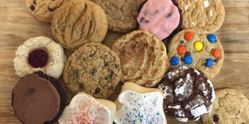 Gourmet Cookies by Pat-a-Cakes and Cookies too