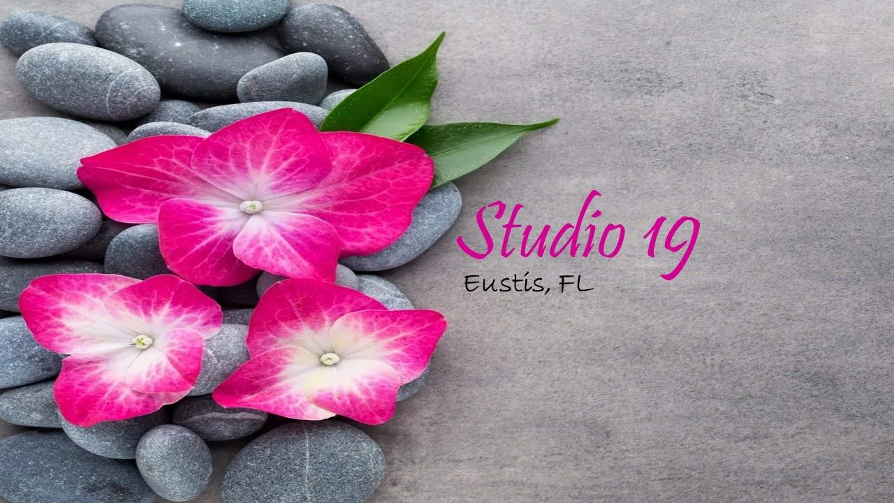 Studio 19 hair salon in Eustis, Florida. Top stylists and the best color experts in the area.